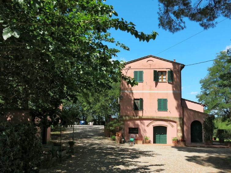 Studio pour 7 personnes à Crespina