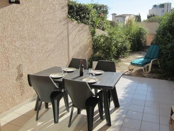 Location vacances Le Lavandou -  Appartement - 4 personnes - Jardin - Photo N° 1
