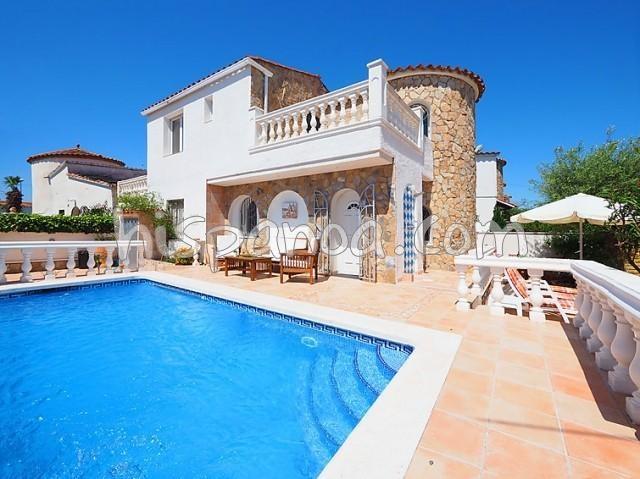 Location vacances Castelló d'Empúries -  Maison - 6 personnes - Télévision - Photo N° 1