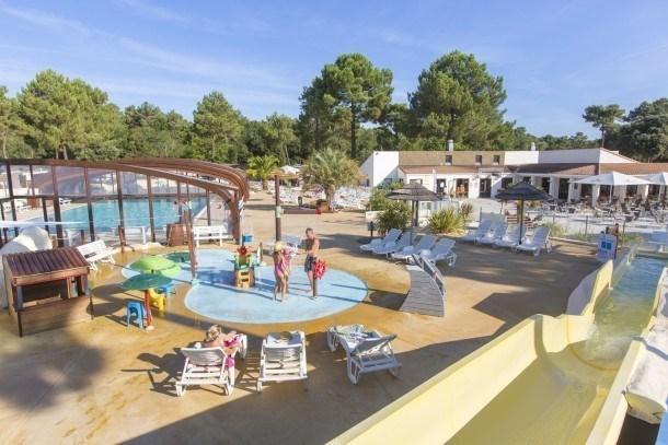 Camping La Pignade 4* - MH Excellence 3ch 6-8pers avec terrasse