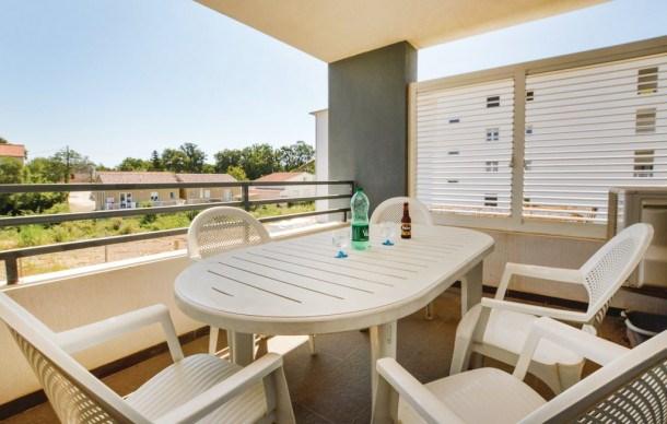Location vacances Santa-Lucia-di-Moriani -  Appartement - 6 personnes - Chaîne Hifi - Photo N° 1