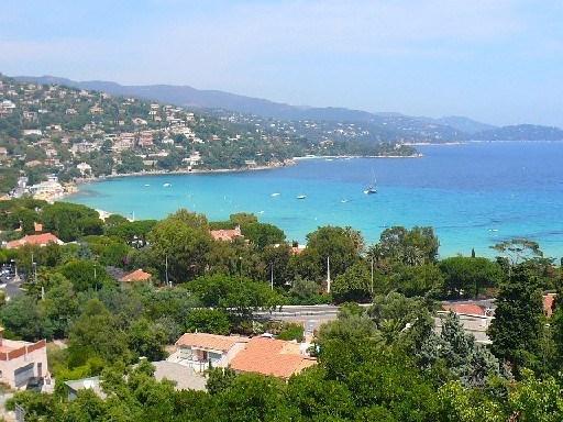 Villa 4 pièces sur terrain arboré - Tres belle vue mer -