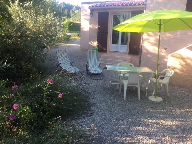 Ferienwohnungen Gréoux-les-Bains - Wohnung - 2 Personen - Liegestuhl - Foto Nr. 1
