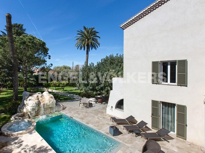 Vente maison villa 320 m² 7 pièces cap dantibes