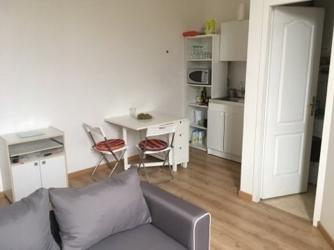 Location appartement 2 pi ces bordeaux appartement f2 t2 for Location f2 bordeaux