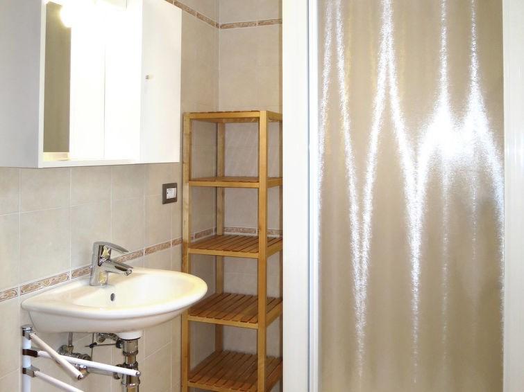 Appartement pour 3 personnes à Maccagno con Pino e Veddasca