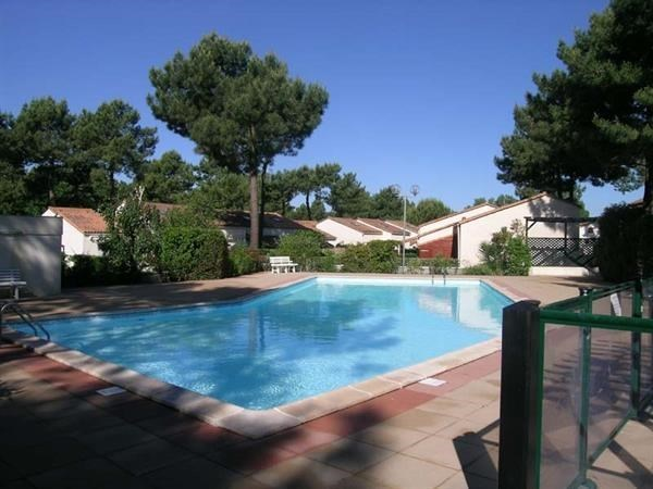 Location vacances Les Mathes -  Maison - 5 personnes - Terrasse - Photo N° 1