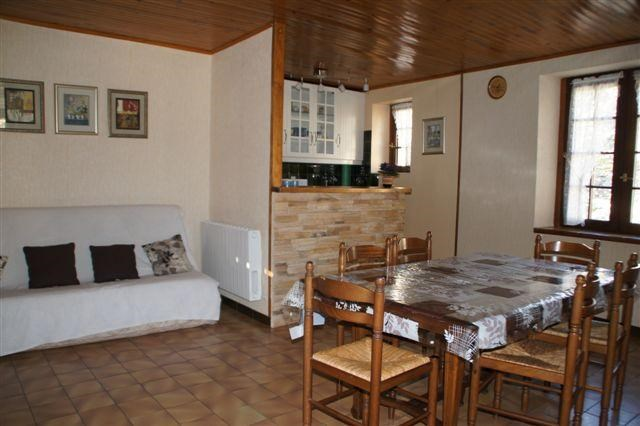 Location vacances Mostuéjouls -  Appartement - 4 personnes - Barbecue - Photo N° 1