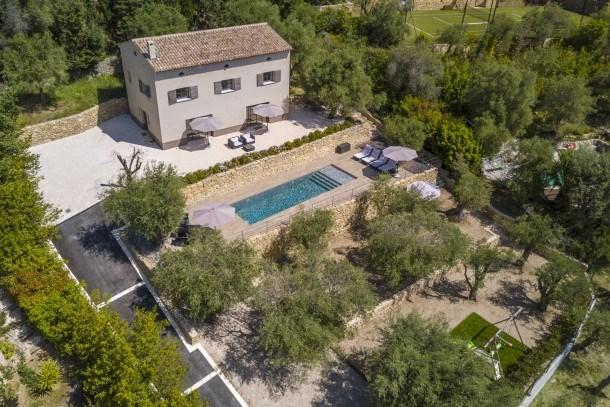 Wdf 4 bedrooms villa in Opio!!
