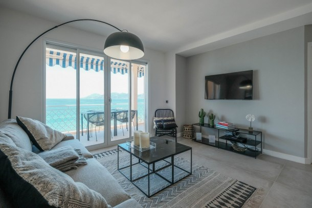 Wdf seaview one bedroom heart of Cannes!!