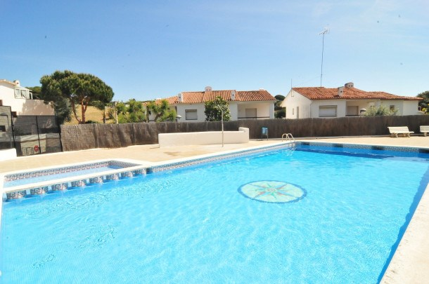 Location vacances Arenys de Mar -  Maison - 8 personnes - Barbecue - Photo N° 1