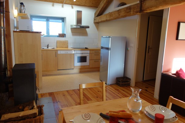 Location vacances Saint-Léonard-de-Noblat -  Appartement - 5 personnes - Barbecue - Photo N° 1