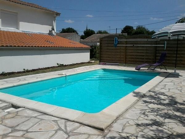 Location vacances Semussac -  Maison - 6 personnes - Terrasse - Photo N° 1