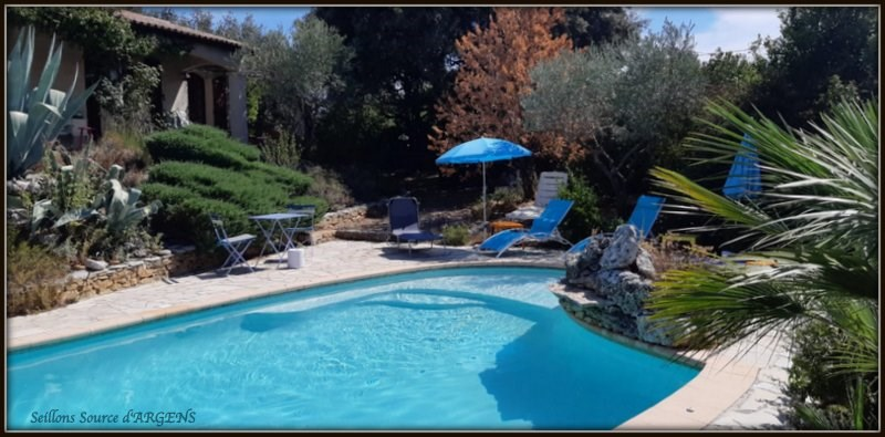 Location vacances Seillons-Source-d'Argens -  Maison - 6 personnes - Barbecue - Photo N° 1