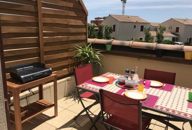 Location vacances Narbonne -  Appartement - 5 personnes - Salon de jardin - Photo N° 1