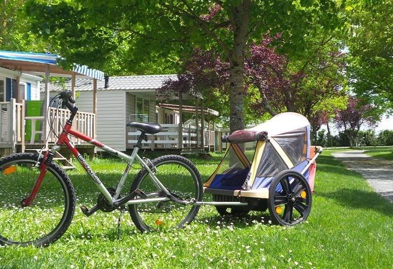 Camping La Mouette Rieuse, 38 emplacements, 20 locatifs