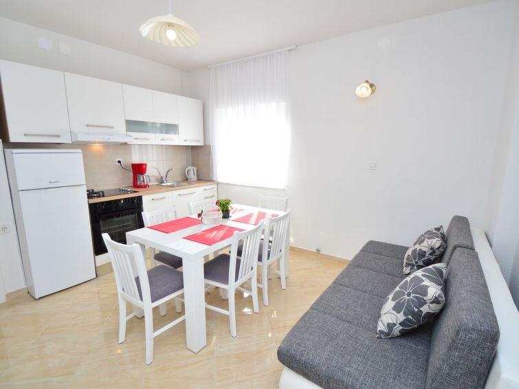 Appartement pour 6 à Brodarica