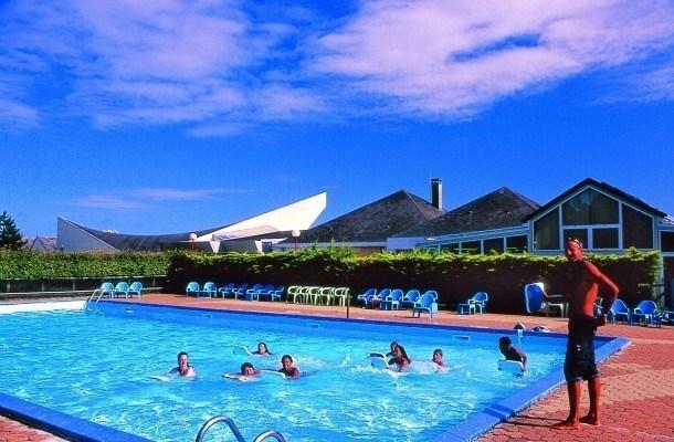 Location vacances Blainville-sur-Mer -  Gite - 5 personnes - Court de tennis - Photo N° 1
