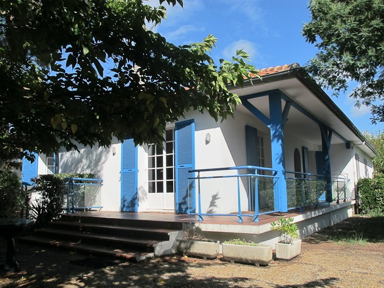 Hossegor - Nice semi-detached house with private garden, ideally located between lake and Ocean
