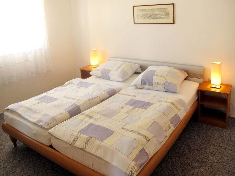 Appartement pour 3 personnes à Rogoznica/Ražanj