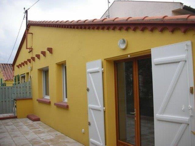 Cette maison de vacances de plain pied, de type 3 pièces d'une superficie habitable d'environ 60 m², exposée à l'est.