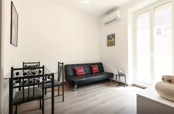 Sunny and Modern 1 Bedroom with Balcony Rue Florian