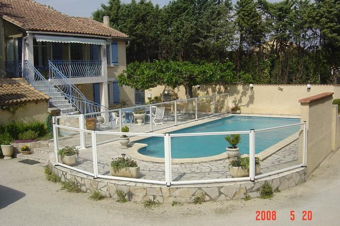 Holiday rentals Noves - Apartment - 4 persons - BBQ - Photo N° 1