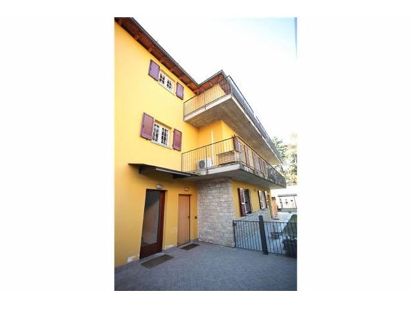 Vente Appartement 5 pièces 150m² Bergamo