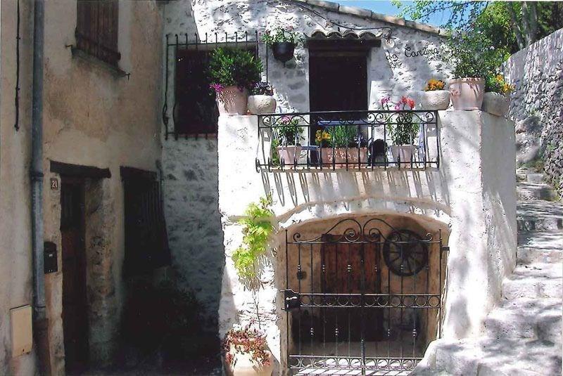 Location vacances Sainte-Agnès -  Gite - 4 personnes - Salon de jardin - Photo N° 1