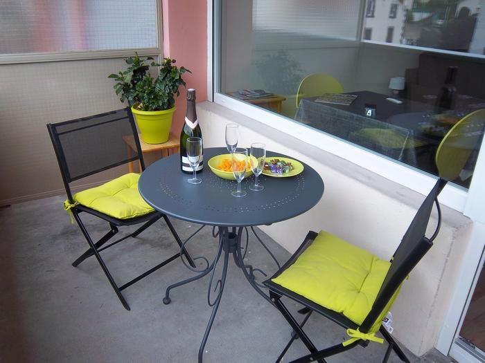 Location vacances Chamalières -  Appartement - 2 personnes - Salon de jardin - Photo N° 1