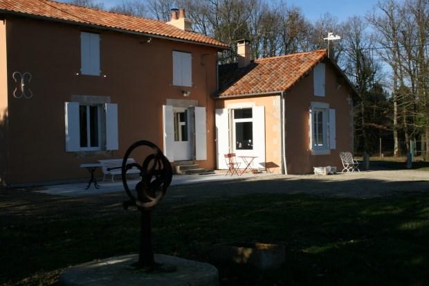 Location vacances Le Vigeant -  Gite - 6 personnes - Barbecue - Photo N° 1