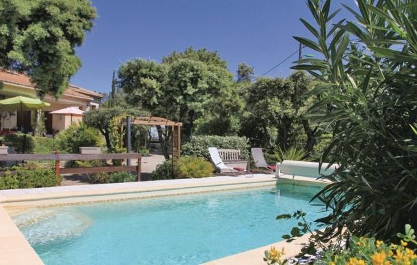 Location vacances Bédarrides -  Maison - 10 personnes - Jardin - Photo N° 1