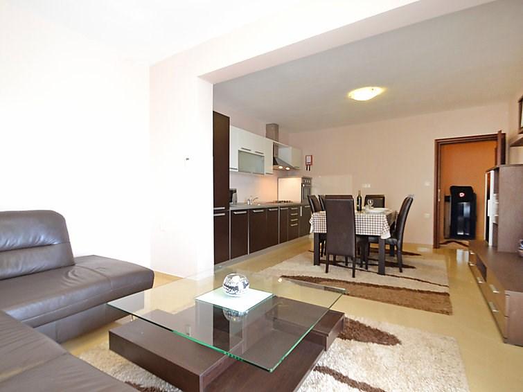 Appartement pour 3 personnes à Maslenica