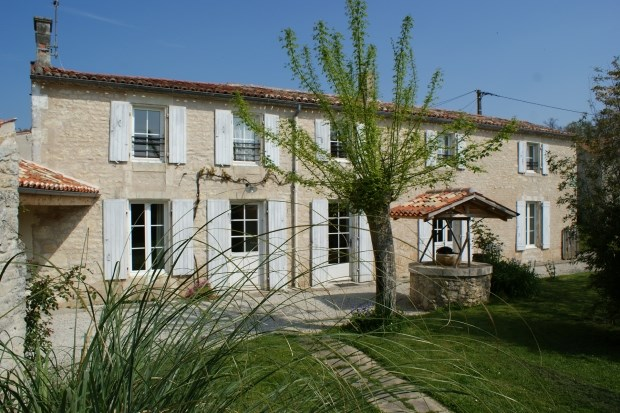 Holiday rentals Surgères - Cottage - 12 persons - BBQ - Photo N° 1