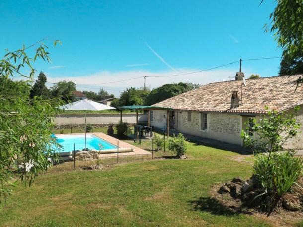 Location vacances Saint-Antoine-du-Queyret -  Maison - 8 personnes - Barbecue - Photo N° 1