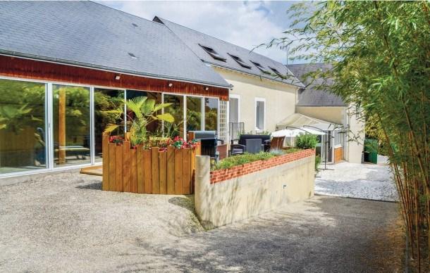 Location vacances Nazelles-Négron -  Maison - 8 personnes - Barbecue - Photo N° 1
