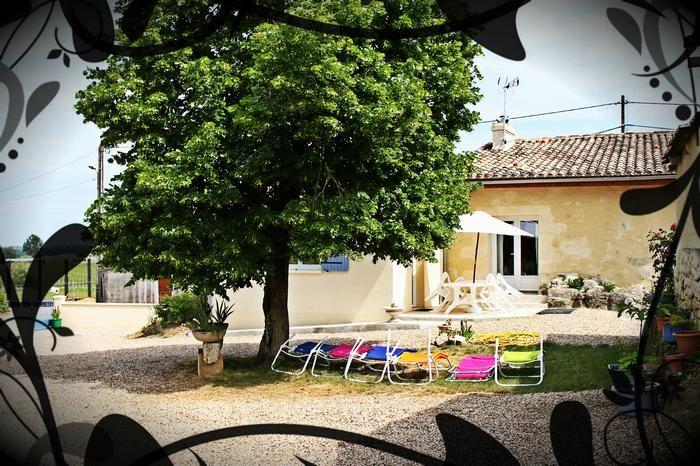 Location vacances Francs -  Gite - 10 personnes - Barbecue - Photo N° 1