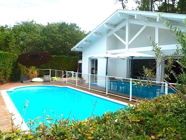 Façade terrasse piscine sécurisée (clôture et volet )