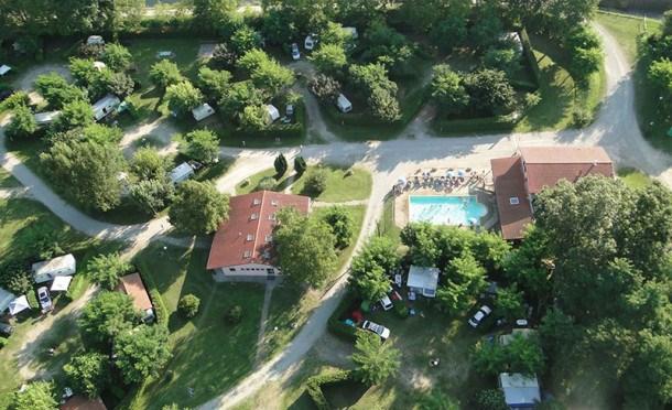 Location vacances Rieux-de-Pelleport -  Maison - 6 personnes - Salon de jardin - Photo N° 1