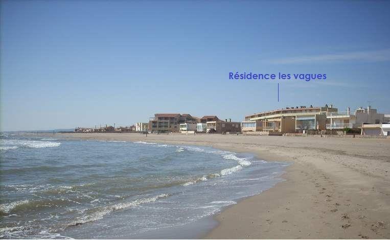 Location vacances Valras-Plage -  Appartement - 8 personnes - Jeux d'extérieurs - Photo N° 1