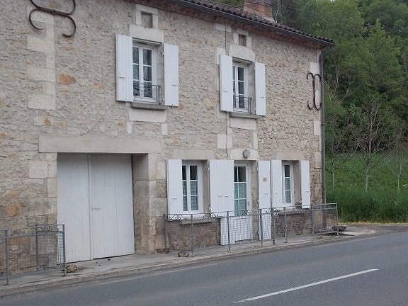 Location vacances Saint-Vincent-sur-l'Isle -  Maison - 7 personnes - Barbecue - Photo N° 1