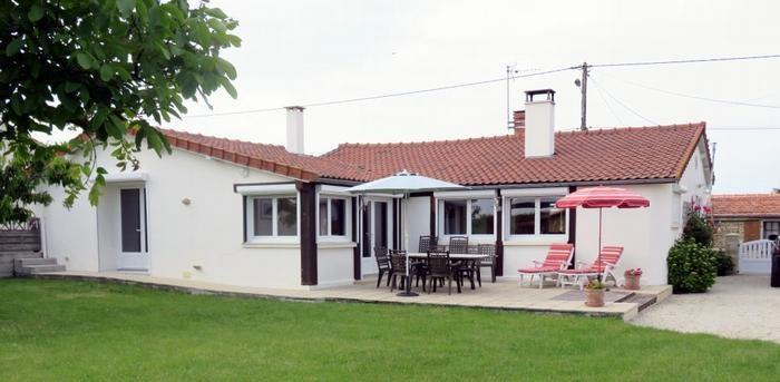 Holiday rentals Chaillé-les-Marais - House - 6 persons - BBQ - Photo N° 1