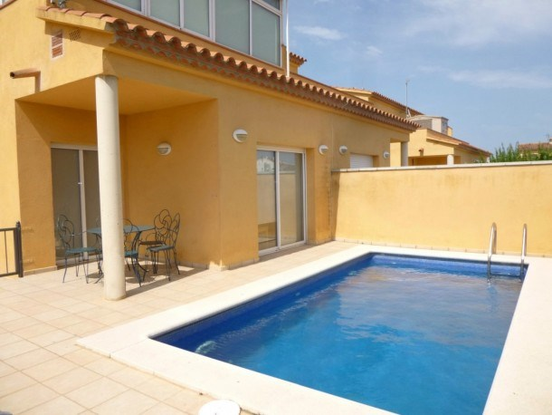 0144-PUIGMAL House with private pool