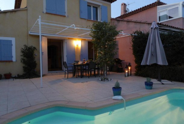 Location vacances Bandol -  Maison - 8 personnes - Barbecue - Photo N° 1