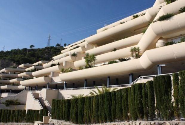 Mirablanca est un appartement exclusif, situé entre Altea et Calpe, Pueblo Mascarat (Costa Blanca)...