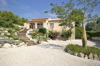 Villa AG6-ALMAN