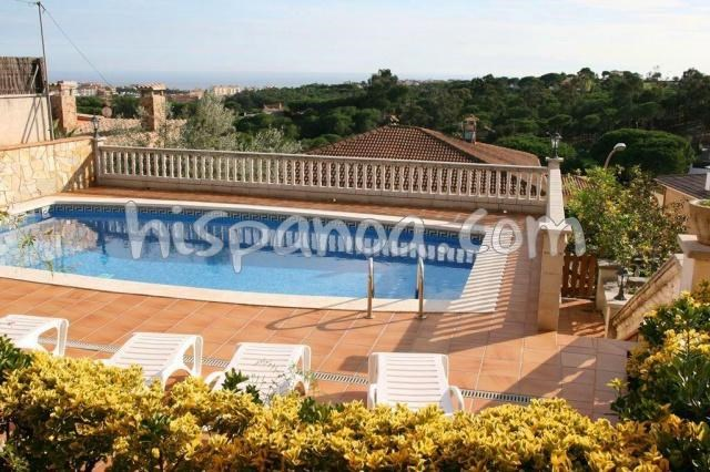 Location vacances Blanes -  Maison - 9 personnes - Barbecue - Photo N° 1