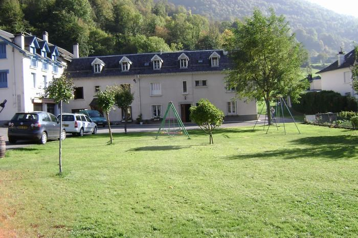Holiday rentals Esterre - Apartment - 4 persons - Outdoor games - Photo N° 1