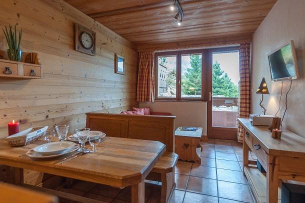 Location vacances Champagny-en-Vanoise -  Appartement - 4 personnes - Chaise longue - Photo N° 1