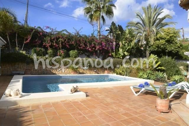 Location vacances Calp -  Maison - 6 personnes - Barbecue - Photo N° 1